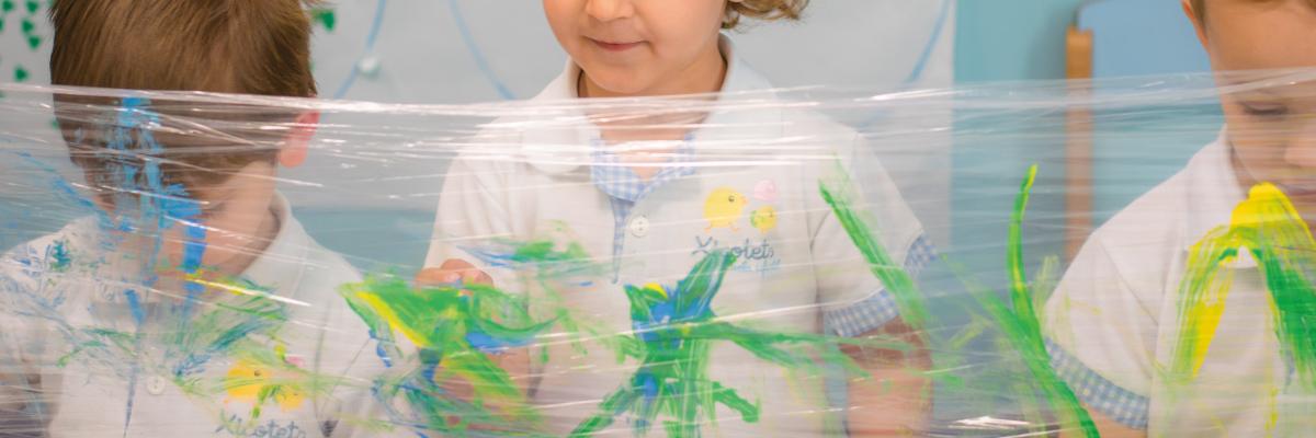 Escuela infantil Xicotets - Contacto